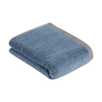 Ręcznik Bugatti Prato 4815 danube